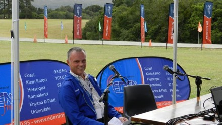 A live broadcast by Eden FM from George Campus added to the vibrant atmosphere at Open Day and also extended NMMU's message to listeners throughout the region. Dr Shawn Gouws from one of NMMU's Centres of excellence, called InnoVenton, explained how InnoVenton creates focus areas for the development of new products and processes in a science technology environment. He also touched on the career opportunities this creates for students in this field.