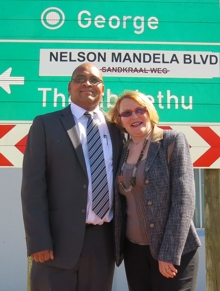 Executive Mayor Charles Standers welcomed Premier Helen Zille and her full cabinet on Tuesday when George Municipality acted as the first city to host the Provincial Government Cabinet outreach programme.
