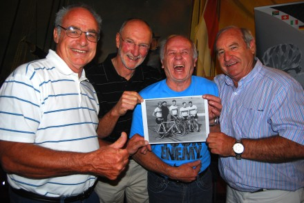 """Martin Nefdt (far right) and his former Springbok team-mates (from left) Jack Lester, Johan Nicol and Willie Marx will be """"cycling for the love of animals"""" at The Herald VW Cycle Tour in Port Elizabeth on February 2. Here they hold their team photo from the 1967 world track championships in Amsterdam. Photo: Coetzee Gouws/Full Stop Communications"""